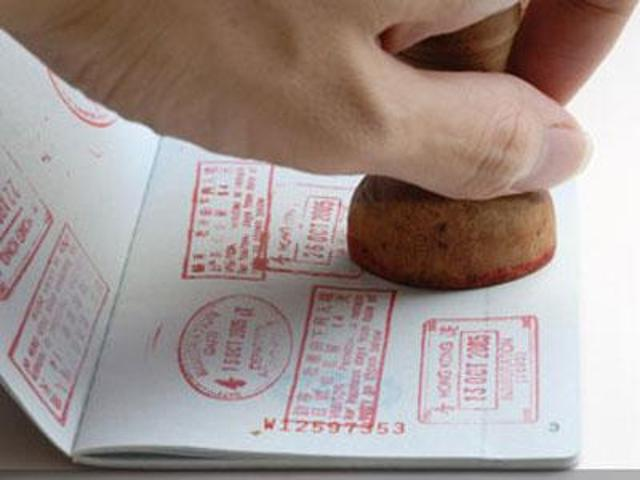 Survey finds sharp drop in Indian student applications at