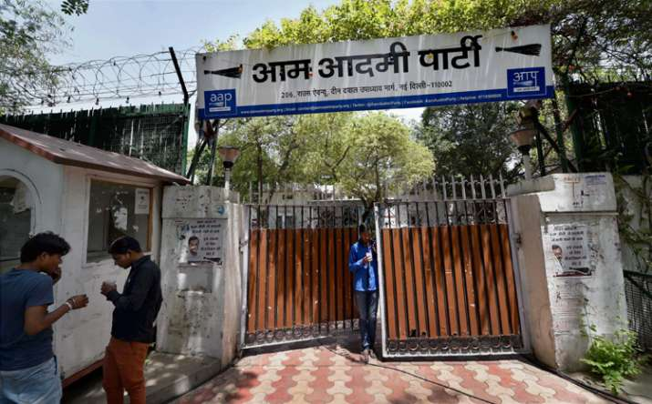 Despite Kejriwal's claims, many in AAP reject EVM tampering