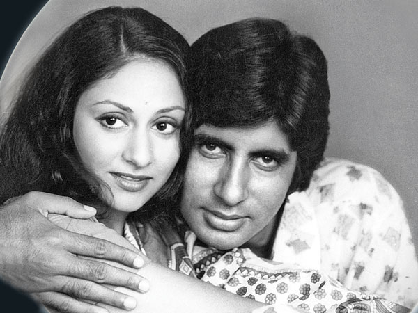 India Tv - Abhishek wishes mom, Jaya Bachchan with a throwback pic.