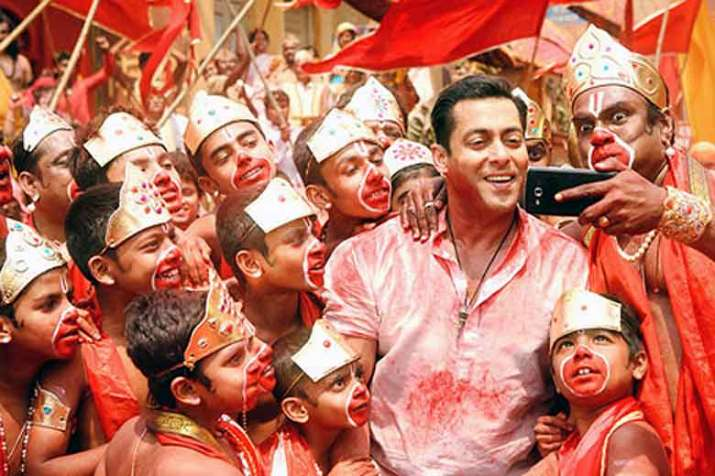 'Bajrangi Bhaijaan' Salman has a special gift for his