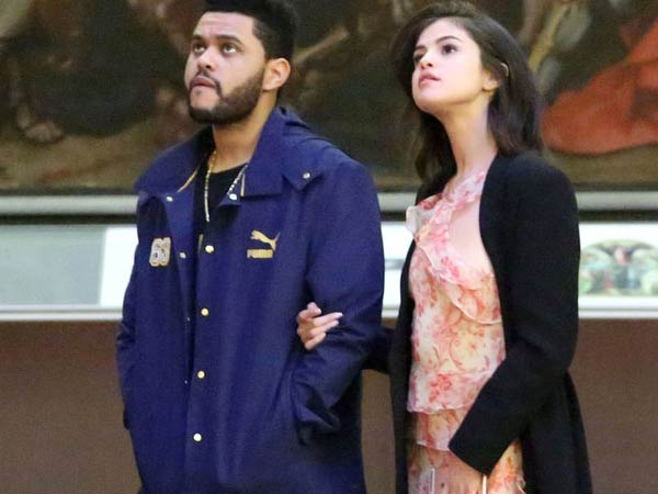Selena Gomez & Weeknd are not afraid to romance in