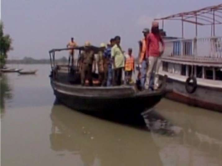 Three dead, 70 missing after jetty collapses in Hooghly