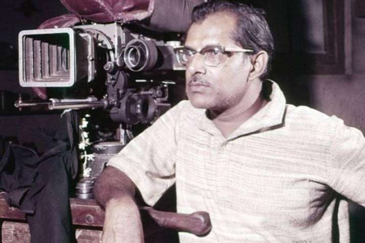 India Tv - Hrishikesh Mukherjee