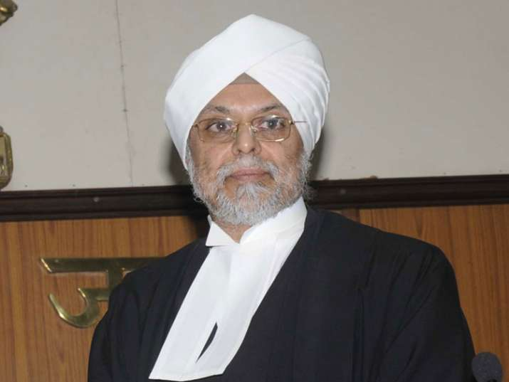 CJI Khehar asks HCs to work for a few days during summer