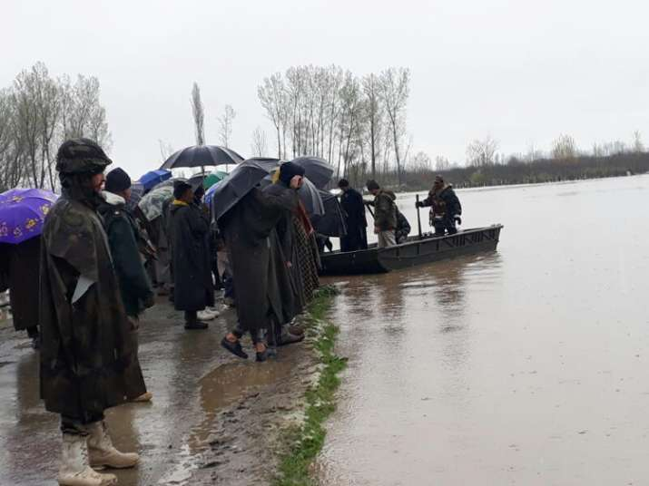 India Tv - Army responds to distress call as flood alert issued in Kashmir