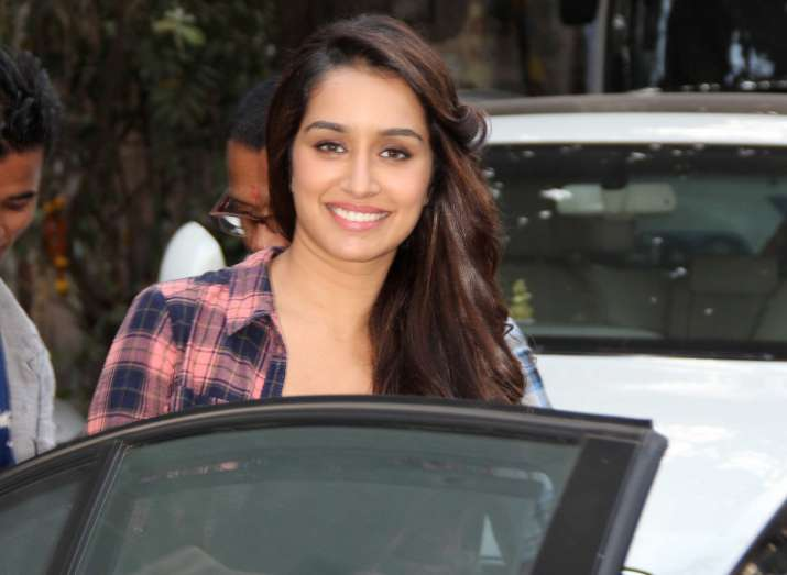 shraddha kapoor gifts a watch to her spot boy