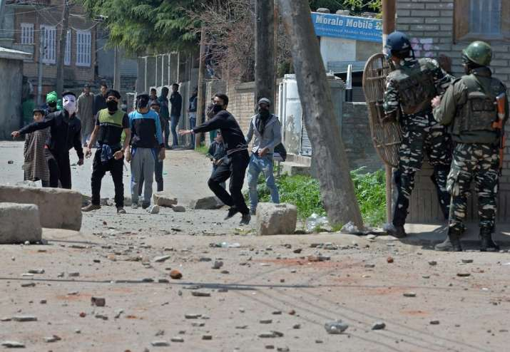 Eight killed in Srinagar bypoll violence, voter turnout at