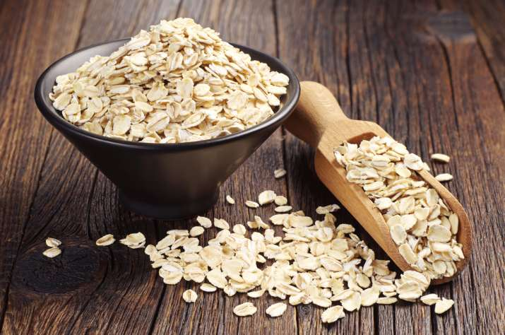 3 simple ways you can use oats for beautiful skin
