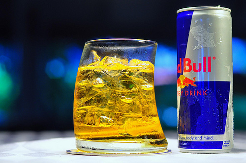 mixing energy drinks with alcohol
