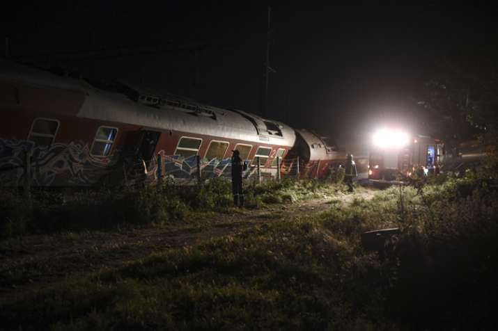 4 dead, 5 injured in train derailment in northern Greece