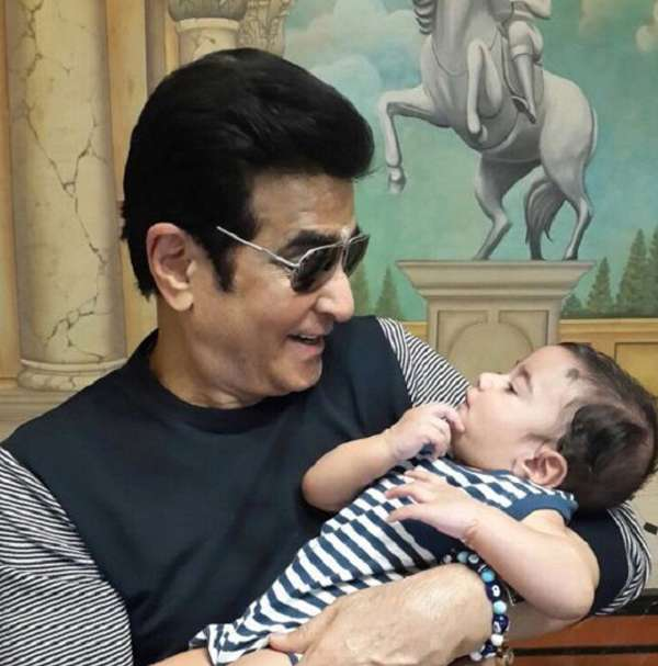 India Tv - Jeetendra with his grandson