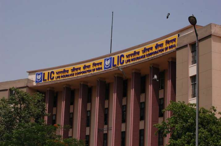 Three MDs to collectively decide on LIC investments now