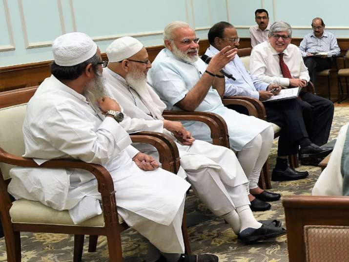 A delegation of leaders from the Muslim Community calls on