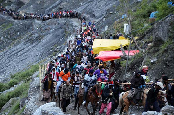 2,480 pilgrims leave for Amarnath amid tight security