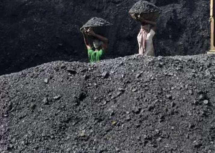 CIL to save Rs 800-1000 crore by closing 37 loss making
