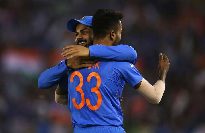 Hardik Pandya and Virat Kohli celebrates