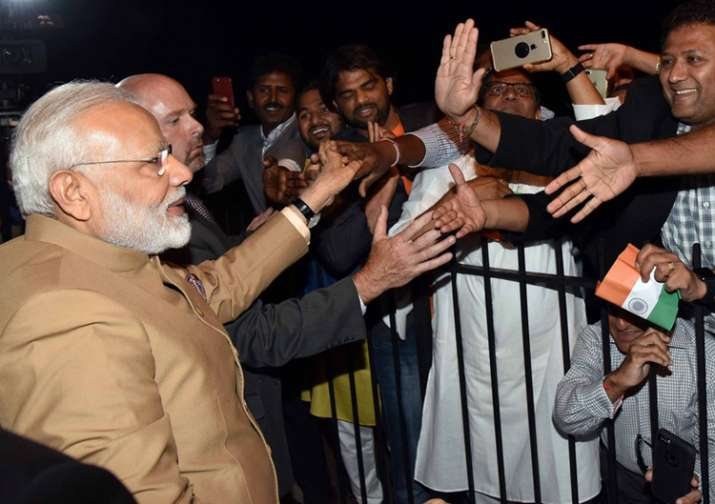 PM Modi given warm welcome by Indians in Washington DC