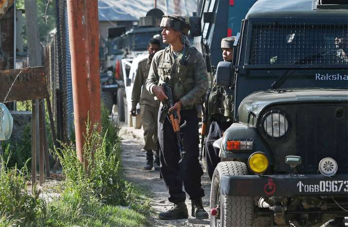 Militants fire at Army convoy in Kashmir