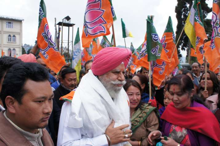 BJP's SS Ahluwalia won from Darjeeling with GJM support