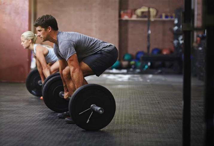 How heavy weight lifting boosts muscle strength