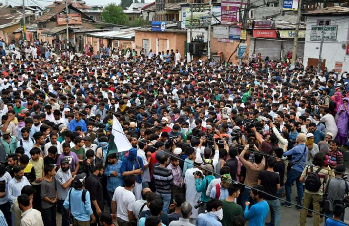 Zakir Musa's followers stop pro-Pak slogans at funeral of