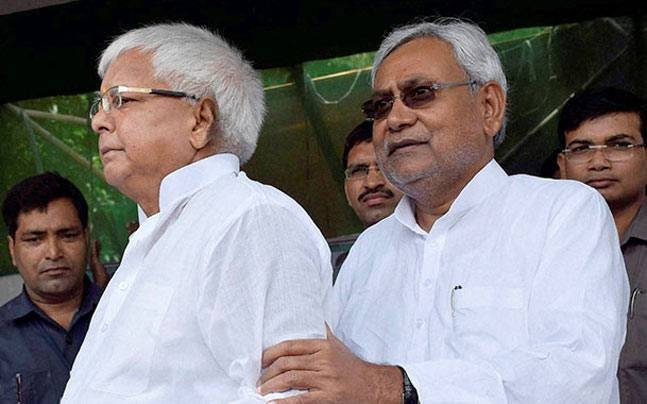 Strain in Mahagathbandhan deepens as Nitish gives Tejashwi