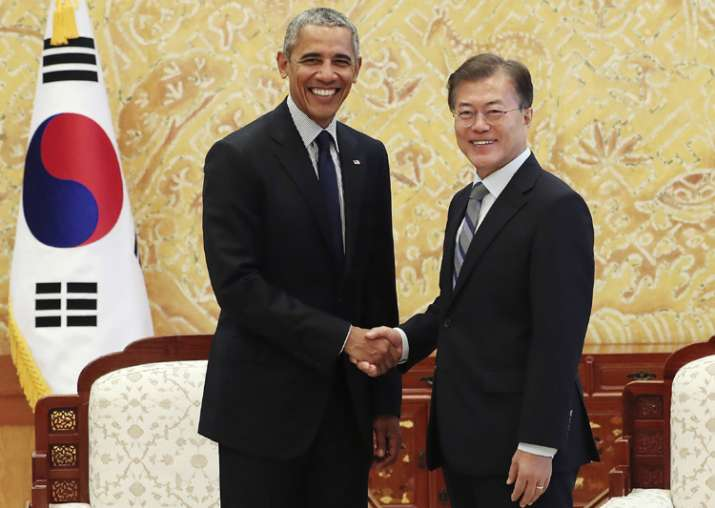 Obama meets S Korean Prez Moon Jae-in in Seoul