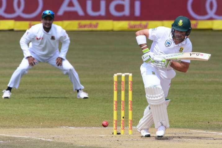 Bangladesh 127-3 after South Africa declares on 496-3
