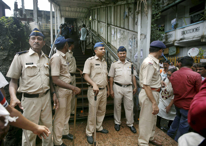 Elphinstone stampede: 15 dead, over 30 injured in Mumbai