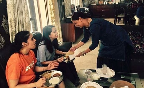 Saina Nehwal and Shraddha Kapoor bond over puri choley; Check pictures here