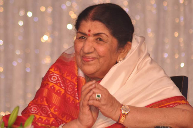 Woman cheats scores using Lata Mangeshkar's name