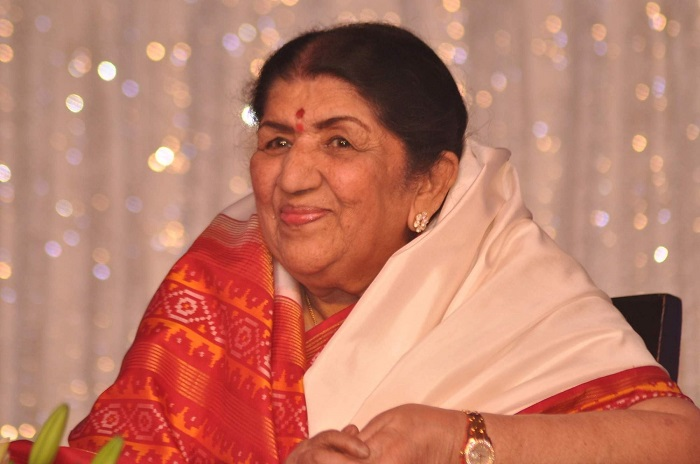Lata Mangeshkar's Birthday: Child singer Aswathy Nair pays respect to Lataji