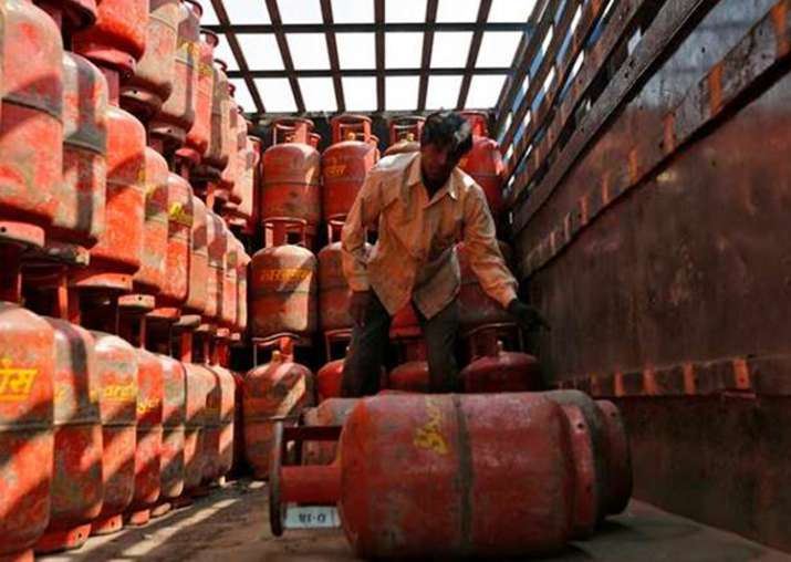 Subsidised LPG hiked by Rs 7 per cylinder, jet fuel by 4