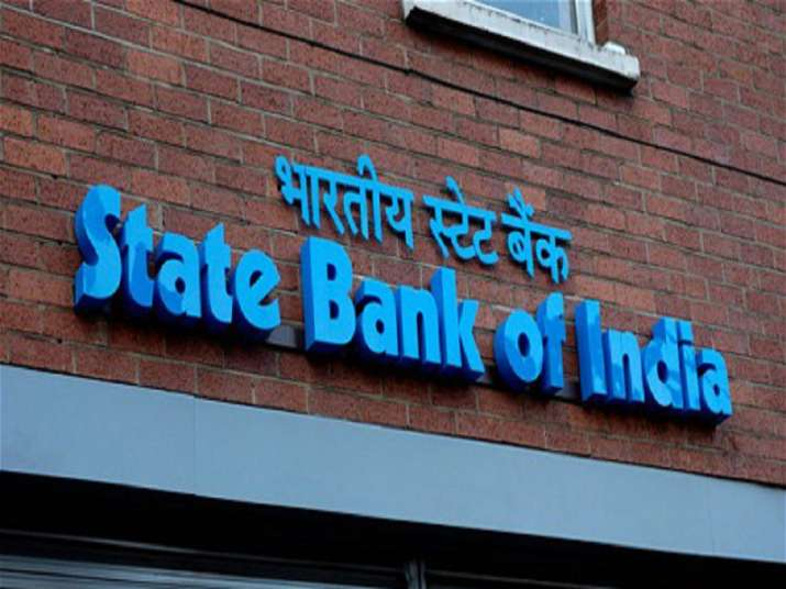 State Bank slashes minimum balance to ₹3000, spares minors, pensioners