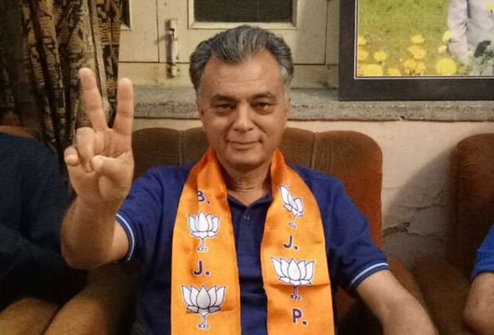 Congress minister Anil Sharma joins BJP
