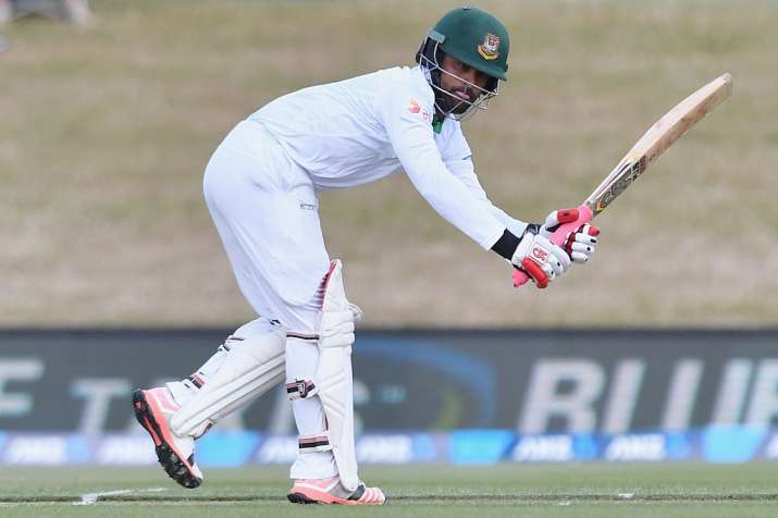 Faf defends five-day Test matches