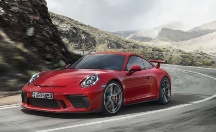 Porsche 911 GT3 launched in India at 2.31 crore