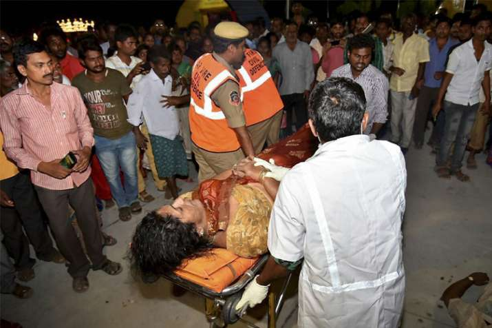 Sixteen dead after boat overturns in Krishna river