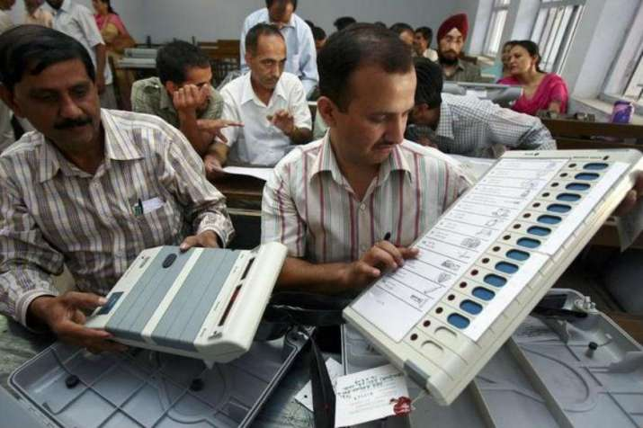 22 pc voting till midday in UP civic polls