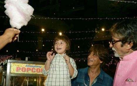 Amitabh Bachchan, AbRam and Candy floss, picture reveal all