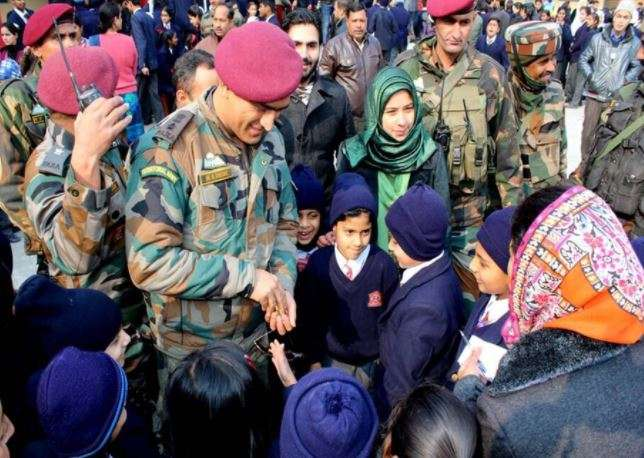 Lt Colonel MS Dhoni Interacts With Students in Srinagar