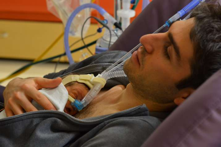 Fathers of premature babies more stressed than mothers