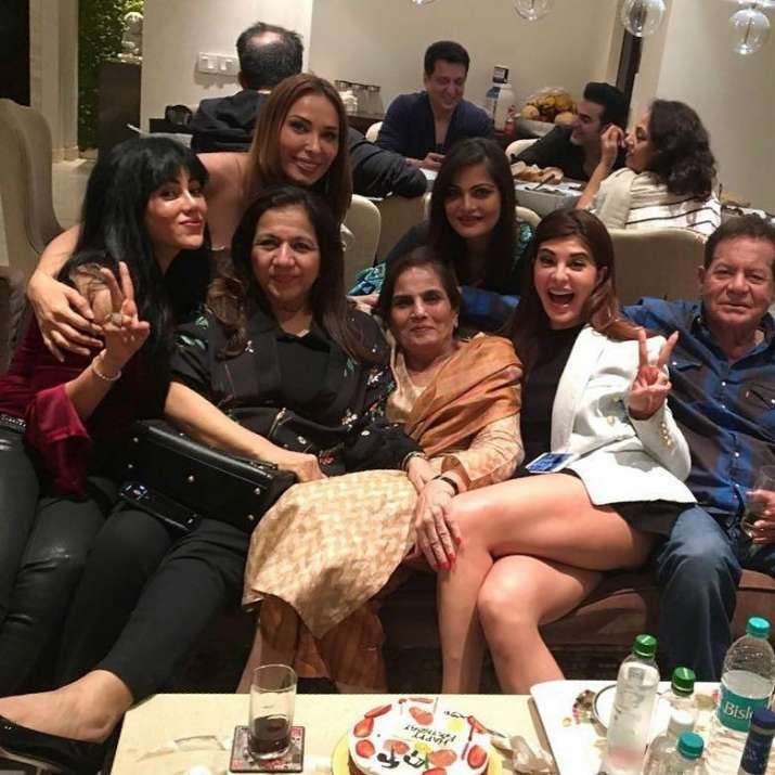 Salman Khan, Iulia Vantur, Jacqueline Fernandez And Others Celebrate Salma Khan's Birthday!