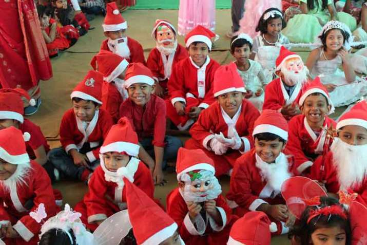 Hindu Group Warns Schools Against Celebrating Christmas in India