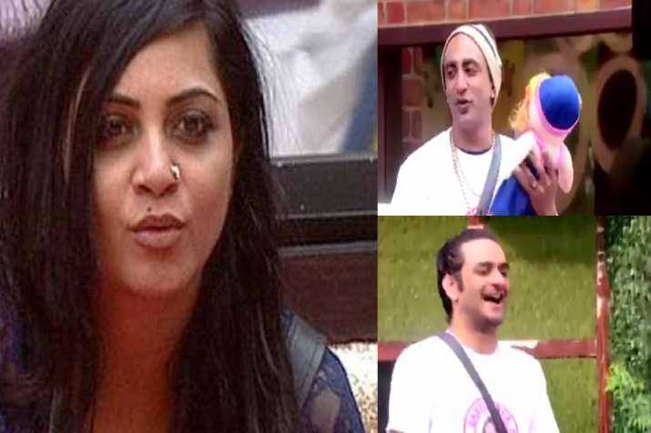 Akash Dadlani Fails To Make Arshi Khan And Shilpa Shinde Patch Up