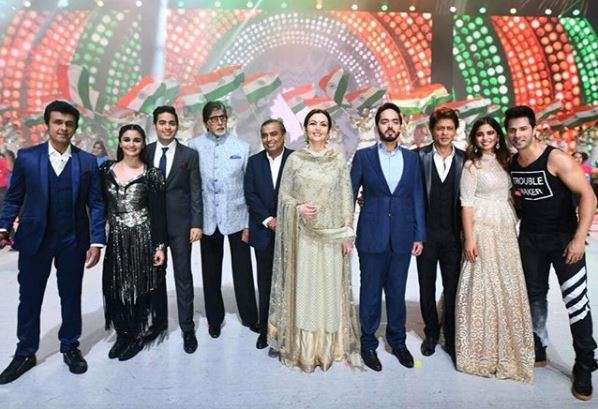 SRK, Big B, the Ambanis and others on stage