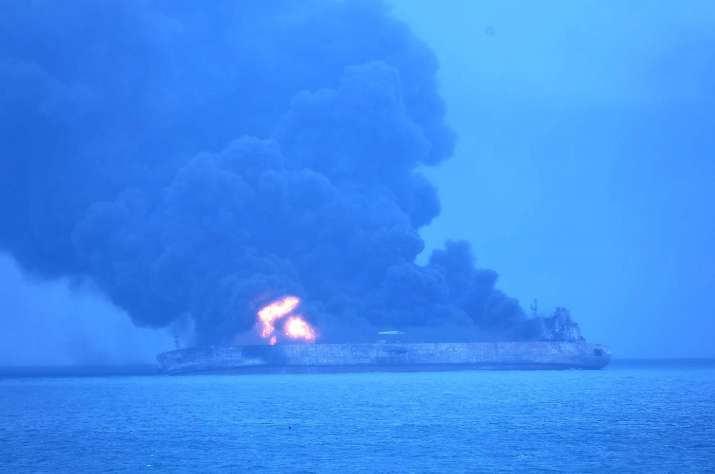 Iranian tanker burns, spills oil after collision off China's coast
