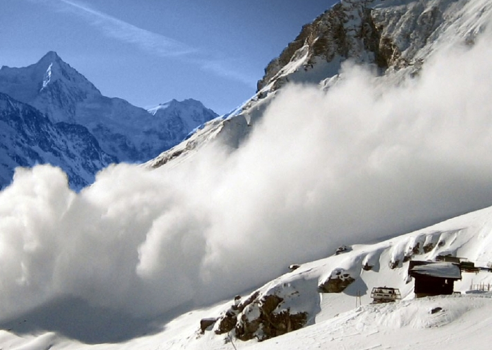 Snow avalanche hits vehicle in Kupwara, passengers missing
