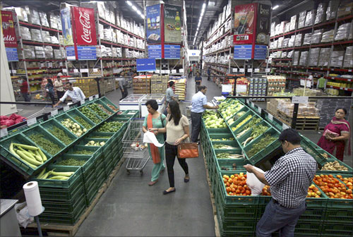FDI policy liberalised, 100% FDI now in retail, construction