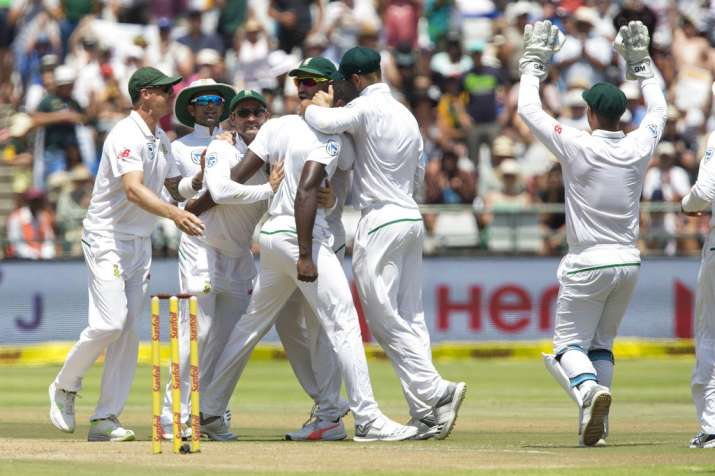 SA have handy lead but will be anxious  about Steyn's heel